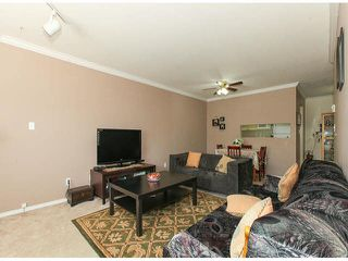 """Photo 7: 309 9942 151ST Street in Surrey: Guildford Condo for sale in """"WINCHESTER"""" (North Surrey)  : MLS®# F1412007"""
