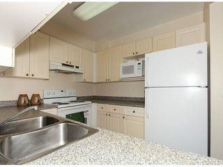 """Photo 13: 309 9942 151ST Street in Surrey: Guildford Condo for sale in """"WINCHESTER"""" (North Surrey)  : MLS®# F1412007"""