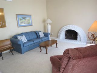 Photo 10: RANCHO PENASQUITOS House for sale : 4 bedrooms : 15382 Andorra Way in San Diego