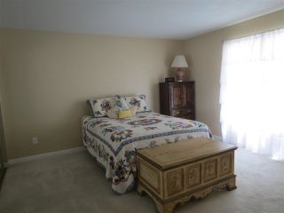 Photo 11: RANCHO PENASQUITOS House for sale : 4 bedrooms : 15382 Andorra Way in San Diego