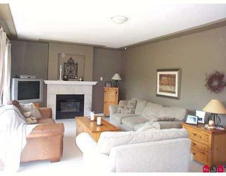 "Photo 4: 16476 84A AV in Surrey: Fleetwood Tynehead House for sale in ""TYNEHEAD TERR."" : MLS®# F2617427"
