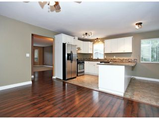 Photo 4: 3697 OLD CLAYBURN Road in Abbotsford: Abbotsford East House for sale : MLS®# F1423605