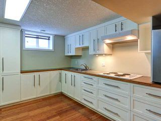 Photo 17: 936 15 Avenue NE in Calgary: Renfrew_Regal Terrace Residential Detached Single Family for sale : MLS®# C3650147