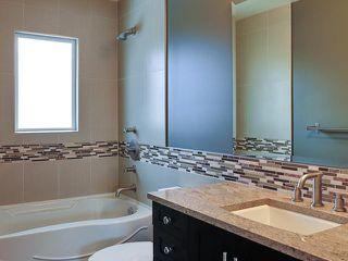 Photo 13: 936 15 Avenue NE in Calgary: Renfrew_Regal Terrace Residential Detached Single Family for sale : MLS®# C3650147