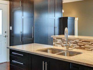 Photo 9: 936 15 Avenue NE in Calgary: Renfrew_Regal Terrace Residential Detached Single Family for sale : MLS®# C3650147