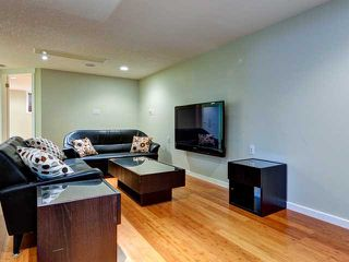 Photo 16: 936 15 Avenue NE in Calgary: Renfrew_Regal Terrace Residential Detached Single Family for sale : MLS®# C3650147