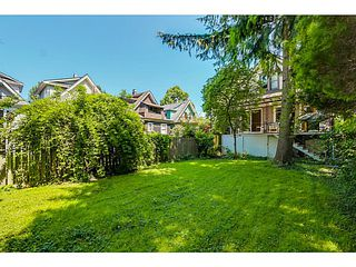"Photo 14: 4583 WINDSOR Street in Vancouver: Fraser VE House for sale in ""FRASER"" (Vancouver East)  : MLS®# V1124141"