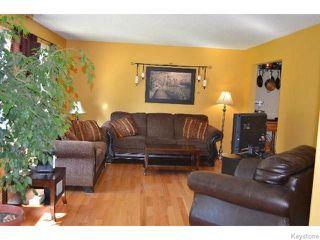 Photo 7: 11 Buckle Drive in WINNIPEG: Charleswood Residential for sale (South Winnipeg)  : MLS®# 1517415