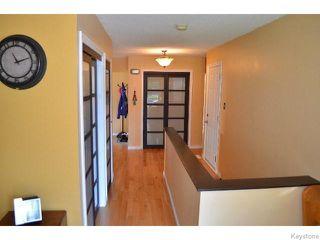 Photo 2: 11 Buckle Drive in WINNIPEG: Charleswood Residential for sale (South Winnipeg)  : MLS®# 1517415