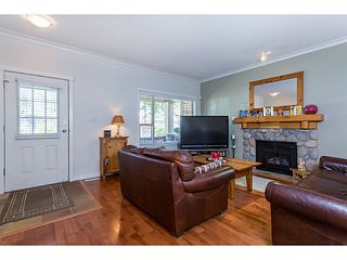 "Photo 2: 729 COLBORNE Street in New Westminster: GlenBrooke North House for sale in ""COLBORNE ON THE PARK"" : MLS®# V1132838"
