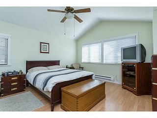"Photo 12: 729 COLBORNE Street in New Westminster: GlenBrooke North House for sale in ""COLBORNE ON THE PARK"" : MLS®# V1132838"
