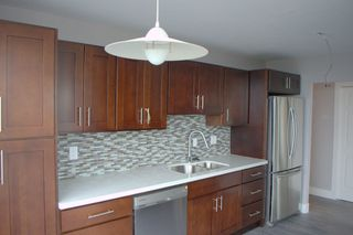 "Photo 4: 1201 2115 W 40TH Avenue in Vancouver: Kerrisdale Condo for sale in ""The Regency"" (Vancouver West)  : MLS®# V1143613"