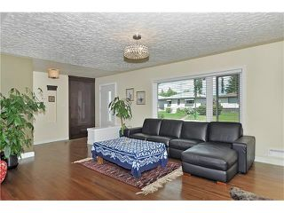 Photo 4: 203 41 Avenue NW in Calgary: Highland Park House for sale : MLS®# C4035983