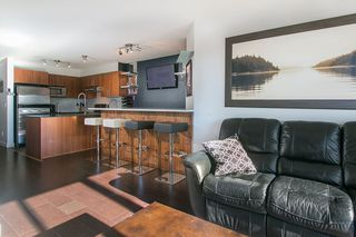 "Photo 3: 414 1633 MACKAY Avenue in North Vancouver: Pemberton NV Condo for sale in ""TOUCHBASE"" : MLS®# R2015342"