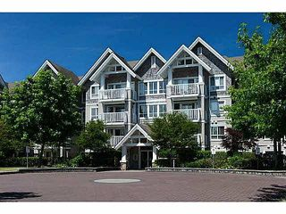 "Photo 1: 308 20750 DUNCAN Way in Langley: Langley City Condo for sale in ""FAIRFIELD LANE"" : MLS®# R2022979"