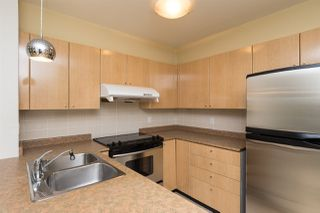 "Photo 3: 211 3278 HEATHER Street in Vancouver: Cambie Condo for sale in ""HEATHERSTONE"" (Vancouver West)  : MLS®# R2030479"