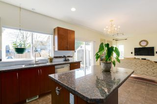 "Photo 12: 1098 AMAZON Drive in Port Coquitlam: Riverwood House for sale in ""RIVERWOOD"" : MLS®# R2038072"