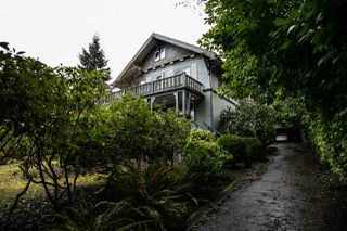 Photo 2: 4722 W 2ND Avenue in Vancouver: Point Grey House for sale (Vancouver West)  : MLS®# R2038215