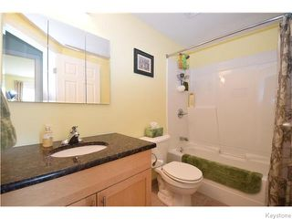 Photo 12: 23 Lyndale Drive in Winnipeg: St Boniface Condominium for sale (South East Winnipeg)  : MLS®# 1608622