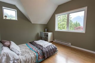 "Photo 9: 1006 PITLOCHRY Way in Squamish: Garibaldi Highlands House for sale in ""Garibaldi Highlands"" : MLS®# R2075578"