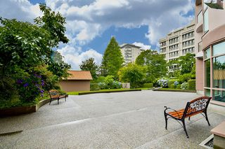 "Photo 2: 1804 612 FIFTH Avenue in New Westminster: Uptown NW Condo for sale in ""THE FIFTH AVENUE"" : MLS®# R2086413"