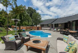 """Photo 1: 2133 WHATCOM Road in Abbotsford: Abbotsford East House for sale in """"EAST ABBOTSFORD"""" : MLS®# R2111617"""