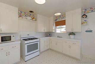 Photo 9: LA JOLLA House for sale : 3 bedrooms : 7910 St. Louis Terrace