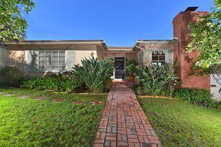 Photo 3: LA JOLLA House for sale : 3 bedrooms : 7910 St. Louis Terrace