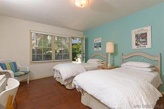 Photo 10: LA JOLLA House for sale : 3 bedrooms : 7910 St. Louis Terrace