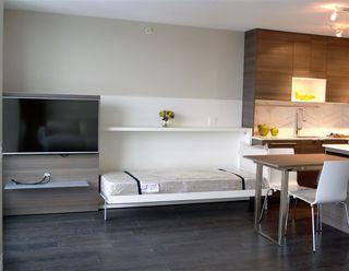 """Photo 5: 3210 13398 104 Avenue in Surrey: Whalley Condo for sale in """"Alumni Tower"""" (North Surrey)  : MLS®# R2137967"""
