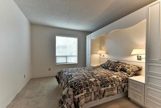 "Photo 13: 204 1460 MARTIN Street: White Rock Condo for sale in ""Capistrano"" (South Surrey White Rock)  : MLS®# R2146095"