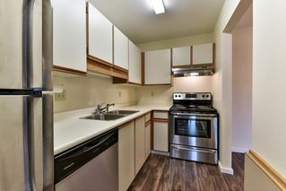 "Photo 9: 204 1460 MARTIN Street: White Rock Condo for sale in ""Capistrano"" (South Surrey White Rock)  : MLS®# R2146095"