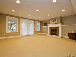 Photo 16: 2121 Quails Run in VICTORIA: La Bear Mountain Single Family Detached for sale (Langford)  : MLS®# 753114