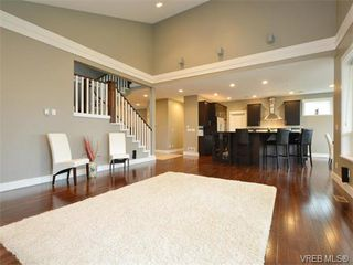 Photo 1: 2121 Quails Run in VICTORIA: La Bear Mountain Single Family Detached for sale (Langford)  : MLS®# 753114