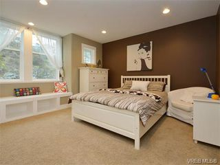 Photo 13: 2121 Quails Run in VICTORIA: La Bear Mountain Single Family Detached for sale (Langford)  : MLS®# 753114