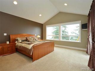 Photo 10: 2121 Quails Run in VICTORIA: La Bear Mountain Single Family Detached for sale (Langford)  : MLS®# 753114