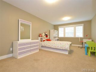 Photo 14: 2121 Quails Run in VICTORIA: La Bear Mountain Single Family Detached for sale (Langford)  : MLS®# 753114