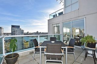 "Photo 3: 2304 1500 HOWE Street in Vancouver: Yaletown Condo for sale in ""THE DISCOVERY"" (Vancouver West)  : MLS®# R2169501"