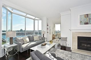 "Photo 6: 2304 1500 HOWE Street in Vancouver: Yaletown Condo for sale in ""THE DISCOVERY"" (Vancouver West)  : MLS®# R2169501"