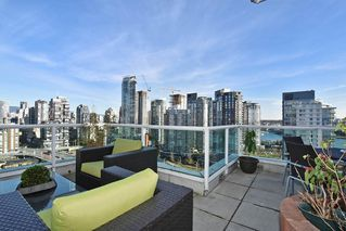 "Photo 20: 2304 1500 HOWE Street in Vancouver: Yaletown Condo for sale in ""THE DISCOVERY"" (Vancouver West)  : MLS®# R2169501"