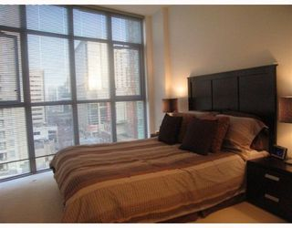Photo 6: 705 1050 SMITHE Street in Vancouver West: Condo for sale : MLS®# V760554