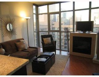 Photo 2: 705 1050 SMITHE Street in Vancouver West: Condo for sale : MLS®# V760554