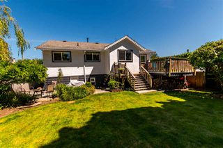 Photo 18: 15828 PROSPECT Crescent: White Rock House for sale (South Surrey White Rock)  : MLS®# R2184591