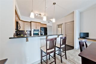 Photo 4: 215 70 Royal Oak Plaza NW in Calgary: Royal Oak Condo for sale : MLS®# C4146193