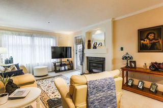 "Photo 11: 306 15210 GUILDFORD Drive in Surrey: Guildford Condo for sale in ""The Boulevard Club"" (North Surrey)  : MLS®# R2229571"