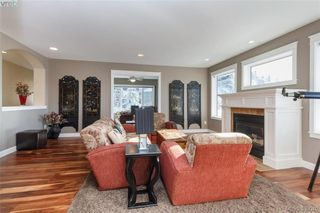 Photo 3: 3552 Sun Hills in VICTORIA: La Walfred House for sale (Langford)  : MLS®# 779766
