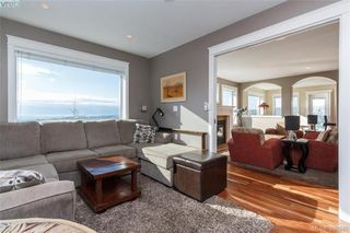 Photo 6: 3552 Sun Hills in VICTORIA: La Walfred House for sale (Langford)  : MLS®# 779766