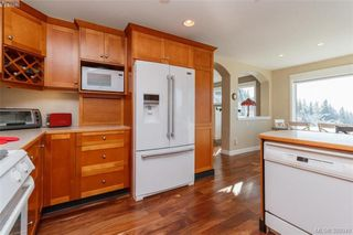Photo 9: 3552 Sun Hills in VICTORIA: La Walfred Single Family Detached for sale (Langford)  : MLS®# 388040