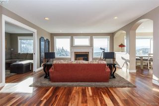 Photo 2: 3552 Sun Hills in VICTORIA: La Walfred House for sale (Langford)  : MLS®# 779766