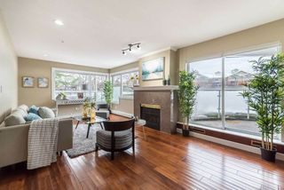 Photo 11: 102 15233 PACIFIC Avenue: White Rock Condo for sale (South Surrey White Rock)  : MLS®# R2247796